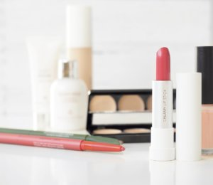 Global-Cosmetics Press Release Best Supply Chain Company