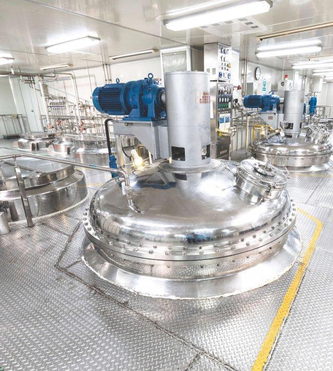Global Cosmetics Cosmetic Manufacturer Production Process o9axe0pomu5pjvl37nfayrp6mpfsjogxi9st9oq76a - OEM ODM Cosmetic Manufacture